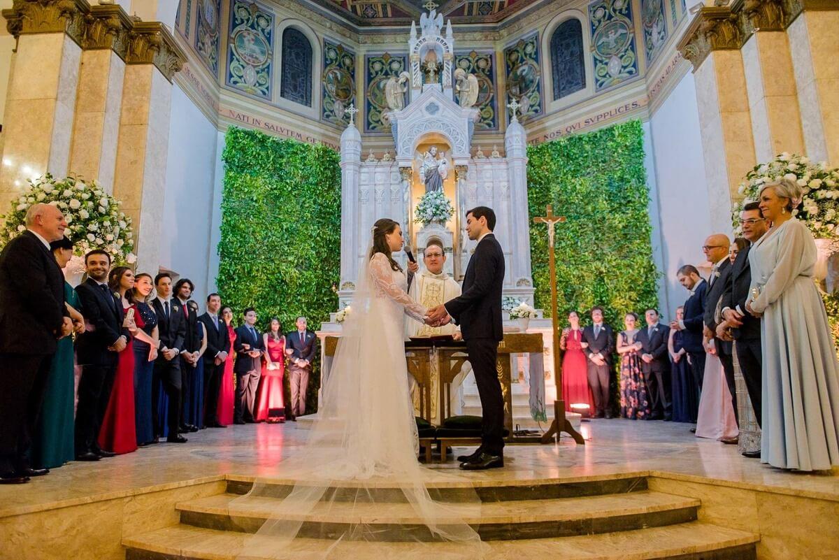 Música para casamento vale a pena contratar