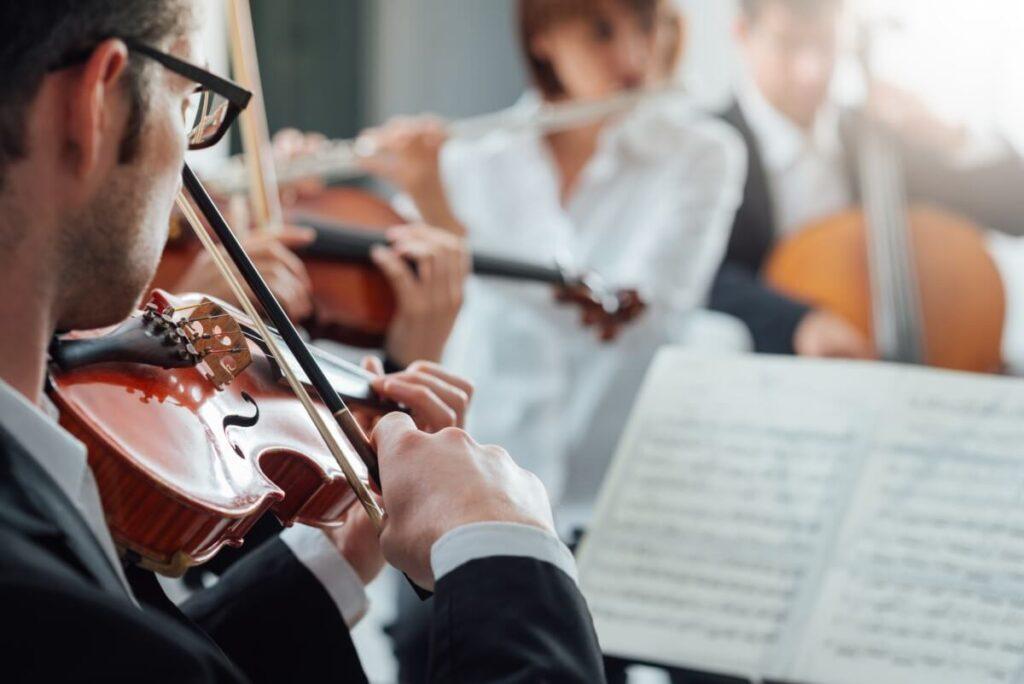 Como escolher as músicas da cerimônia de casamento? Temos dicas imperdíveis